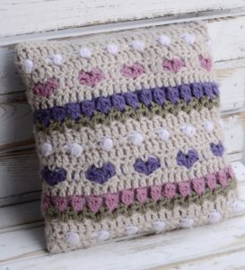 Crochet-Tulip-Pillow