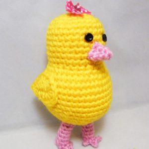 crochet-chic-standing