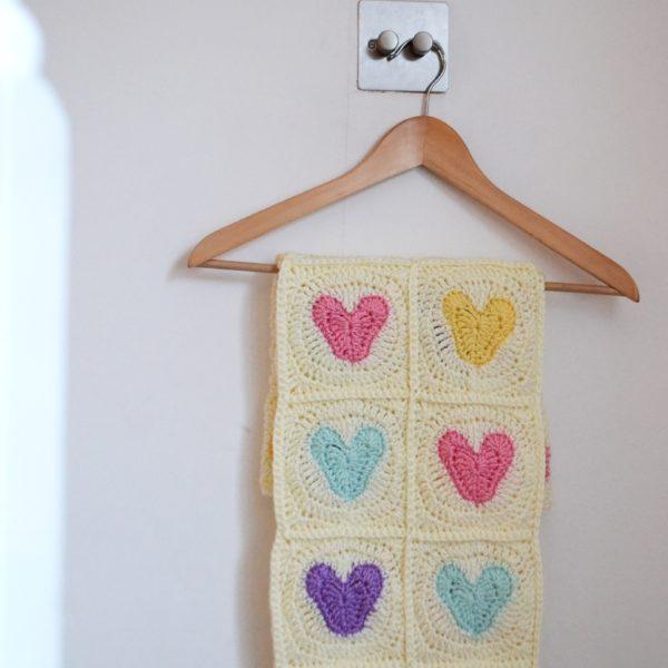 Heart-Crochet-blanket