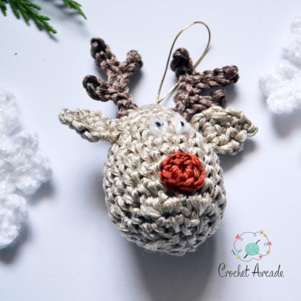 Reindeer Christmas Hanging Decoration Free Crochet Pattern with Crochet Snowflakes